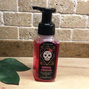 Bath & Body Works Foaming Hand Soap - Ghoul Friend